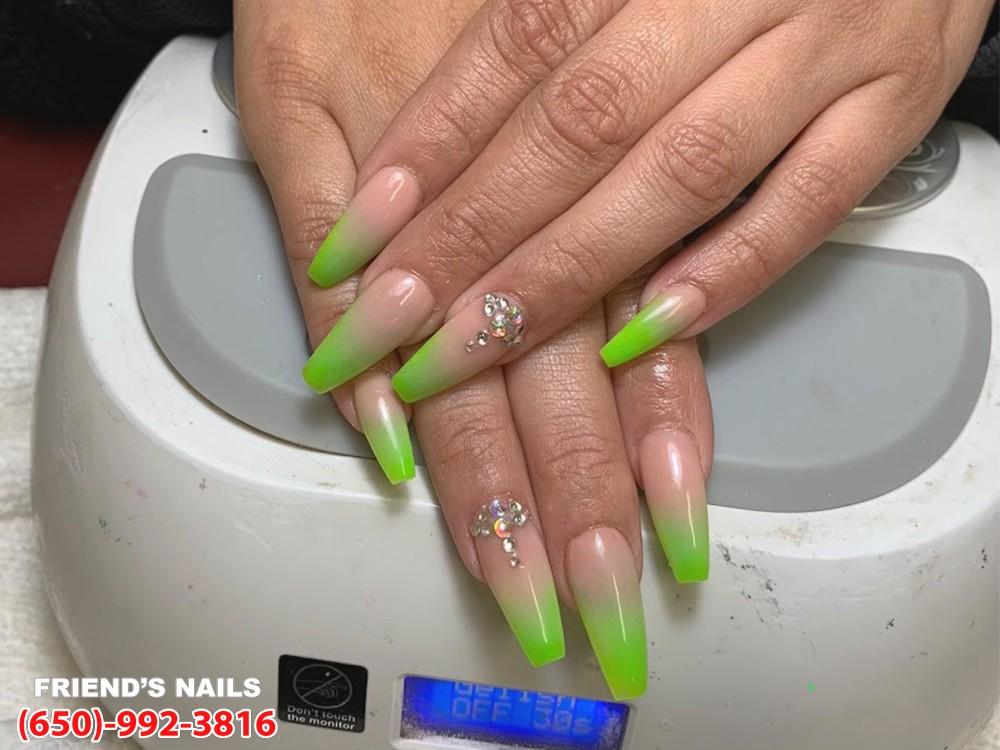 nail salon 94014 Cali